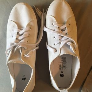White canvas shoes- great for summer!